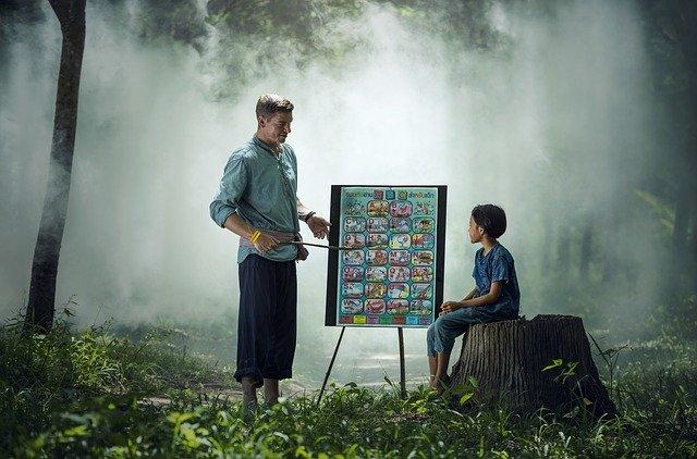 učitel s dítětem.jpg